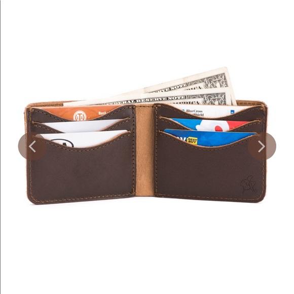 f8f865aab952 Saddleback Leather Co. Bags | Saddleback Leather Co Medium 6 Slot ...